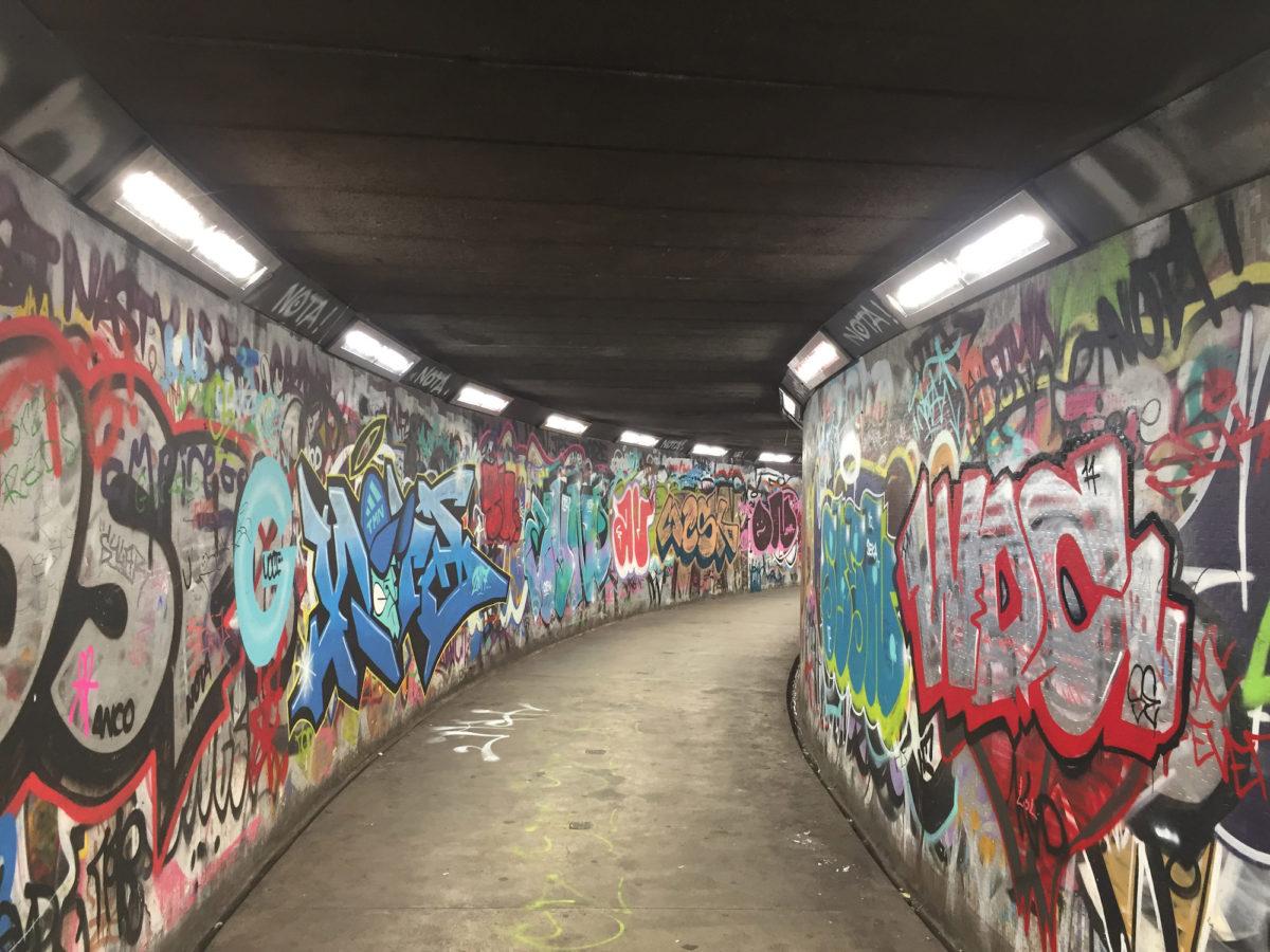 Safe-way Subway Light