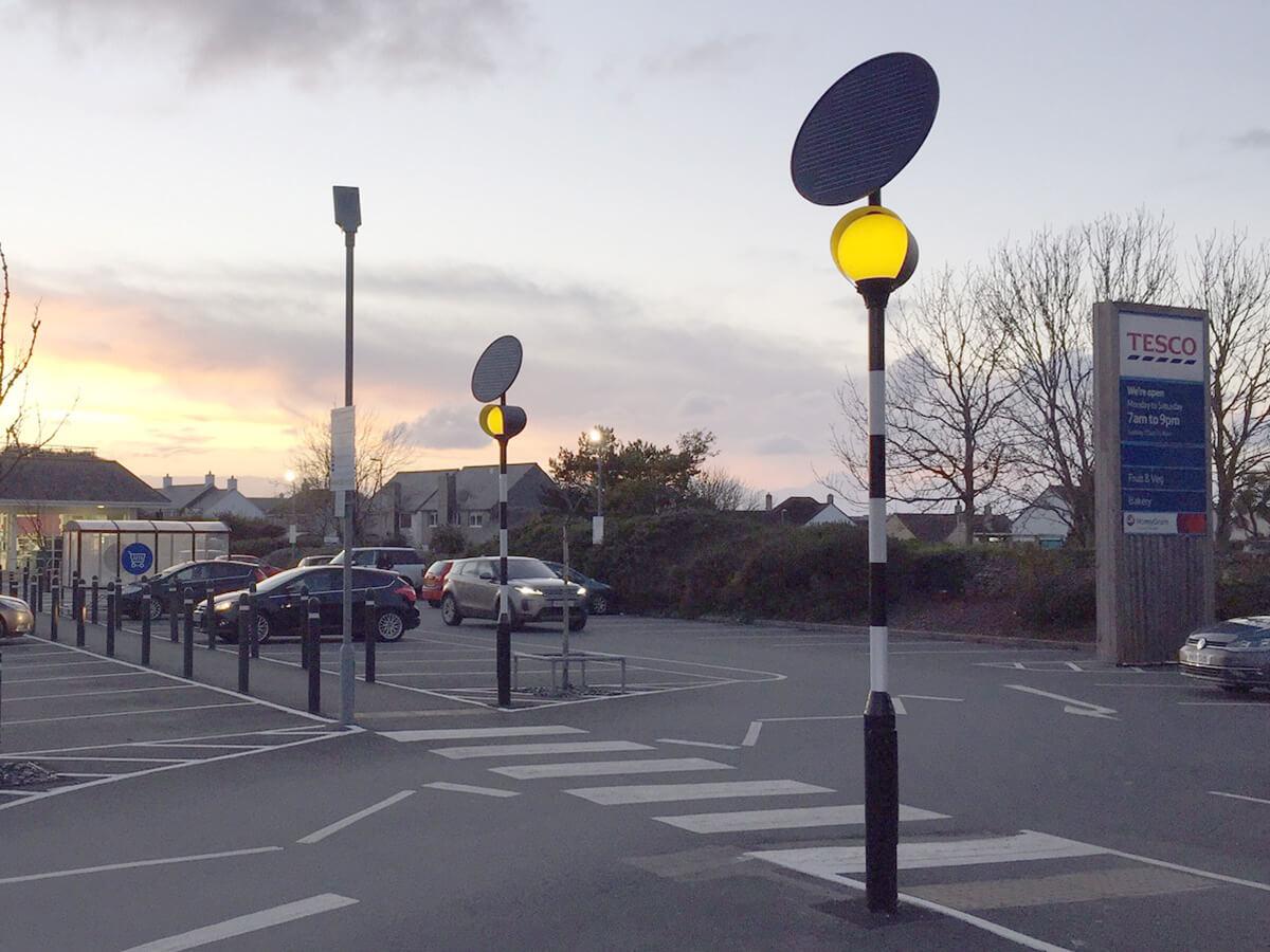 Tesco Pedestrian Safety Solar Belisha Beacon